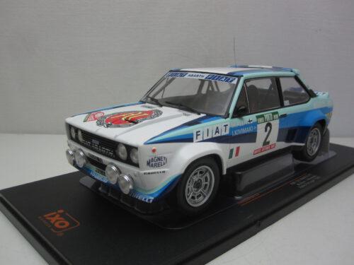Fiat_131_Abarth_#2_Portugal_Rally_Markku_Alén_Ilkka_Kivimäki_1979_ixo18rmc053A_Jagersma_Miniaturen_Modelauto's
