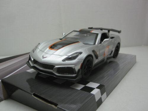 Chevrolet_Corvette_ZR1_#2_C7_mmax73785_Jagersma_Miniaturen_Modelauto's