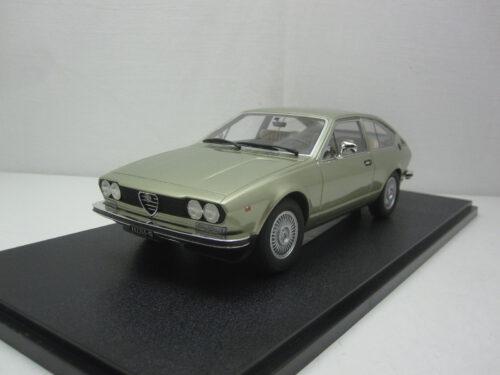 Alfa_Romeo_Alfetta_GT_1974_cml083-1_Jagersma_Miniaturen_Modelauto's